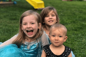 tips for dealing with sibling rivalry (8)